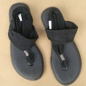 Sanuk Sling Back Soft Sandals